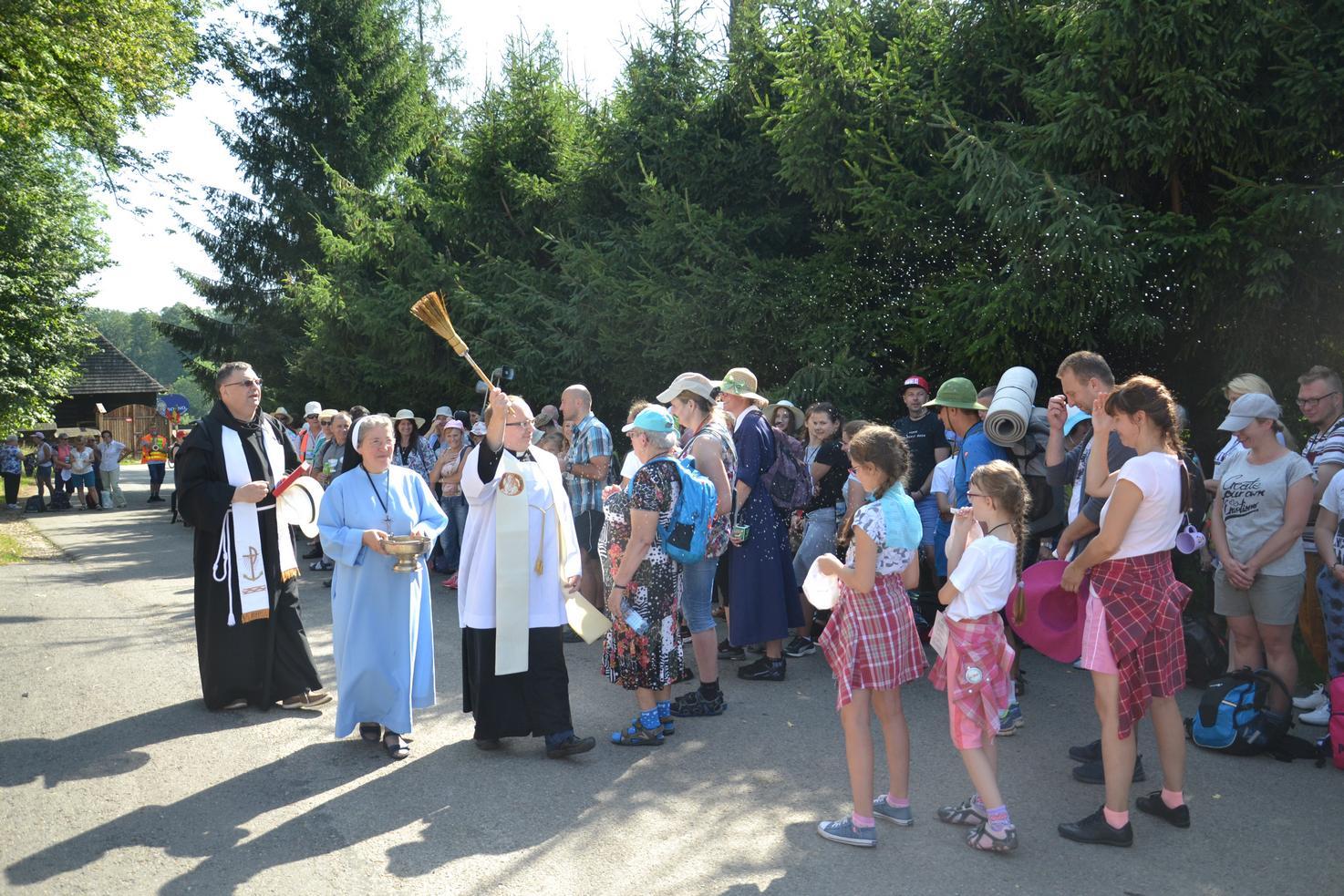 Pierwszy dzień pielgrzymki do Kalwarii Pacławskiej (48)