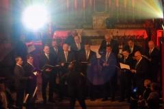 Biblijna Droga Krzyżowa z efektami świetlnymi i pieśniami pasyjnymi-wykonawcy (04)