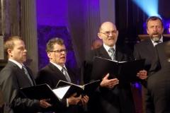 Biblijna Droga Krzyżowa z efektami świetlnymi i pieśniami pasyjnymi-wykonawcy (11)