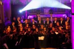 Biblijna Droga Krzyżowa z efektami świetlnymi i pieśniami pasyjnymi-wykonawcy (15)
