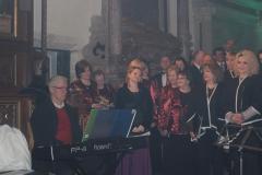 Biblijna Droga Krzyżowa z efektami świetlnymi i pieśniami pasyjnymi-wykonawcy (42)