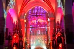 Efekty świetlne w czasie Bilijnej Drogi Krzyżowej z koncertem pieśni pasyjnych (08)