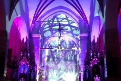 Efekty świetlne w czasie Bilijnej Drogi Krzyżowej z koncertem pieśni pasyjnych (10)