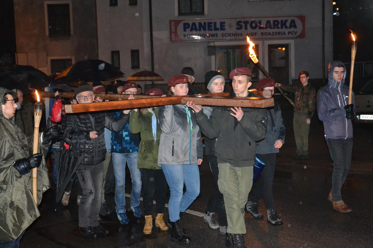 Droga Krzyżowa ulicami Krosna (141)