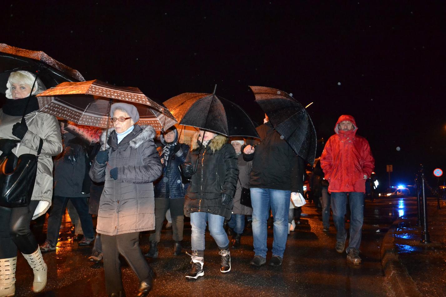 Droga Krzyżowa ulicami Krosna (147)