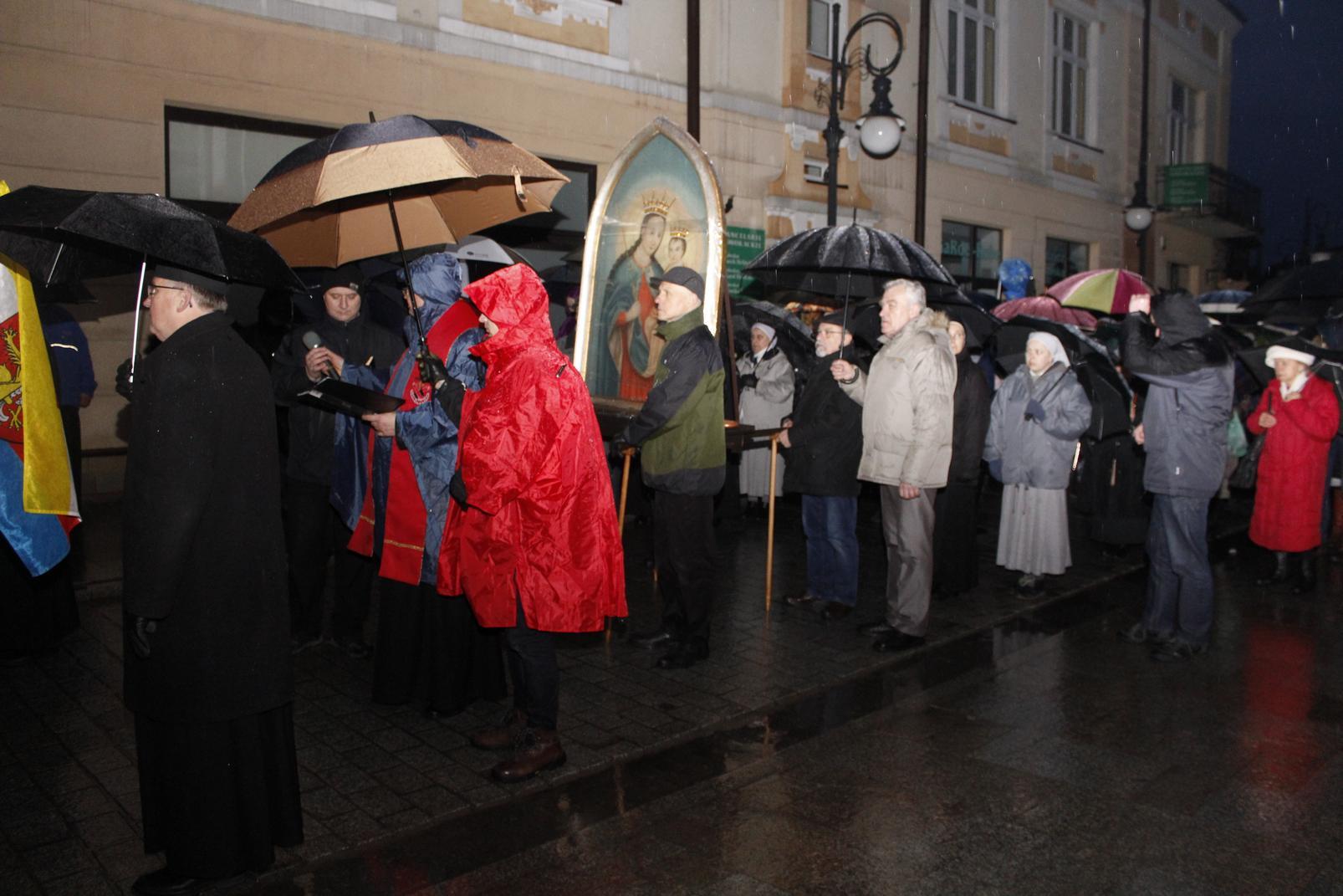 Droga Krzyżowa ulicami Krosna (33)