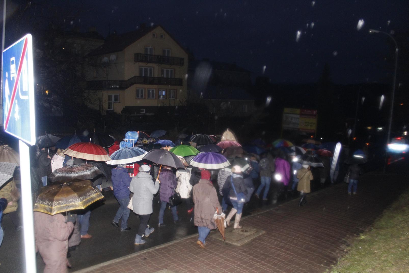 Droga Krzyżowa ulicami Krosna (40)