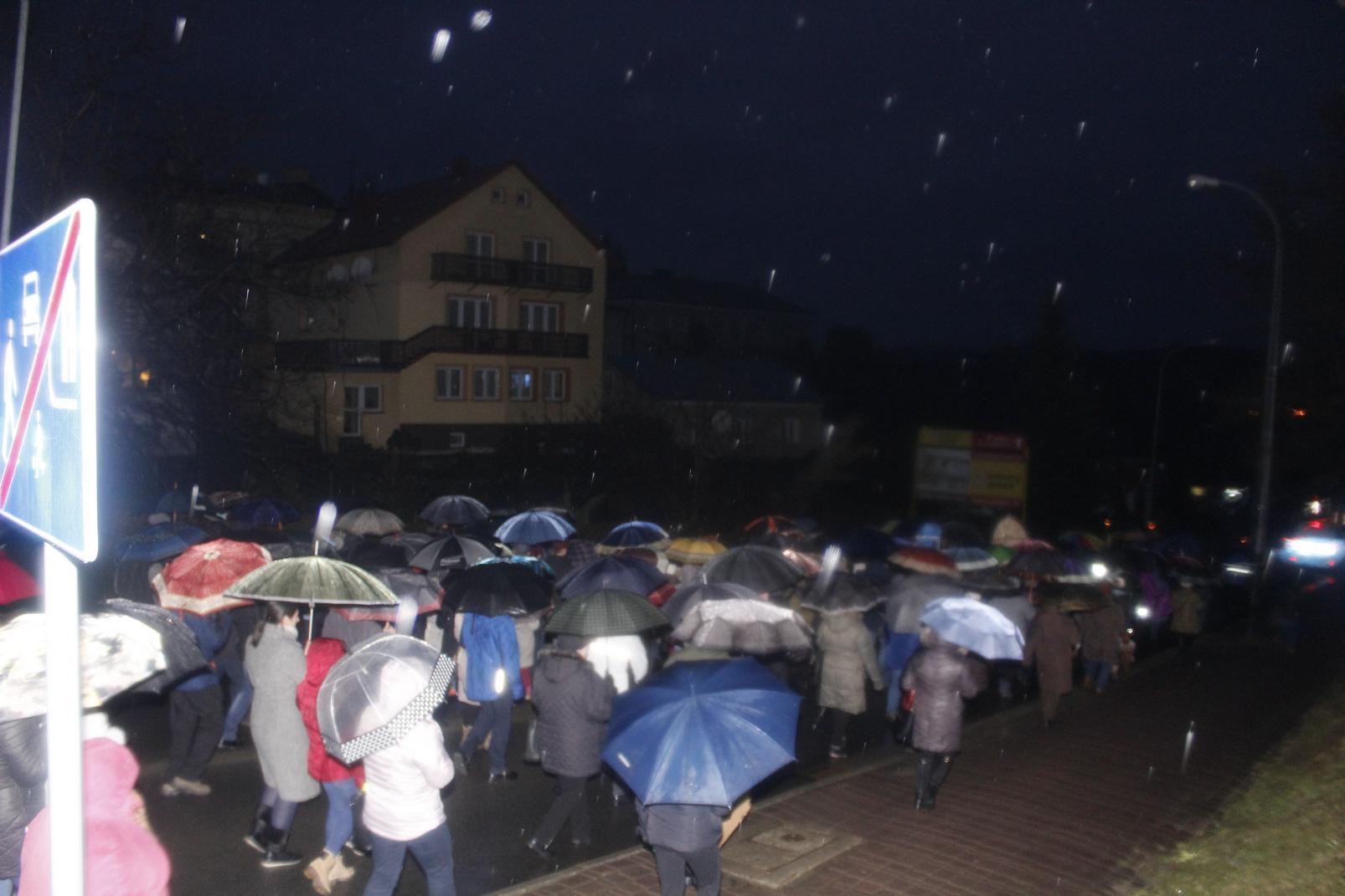 Droga Krzyżowa ulicami Krosna (41)
