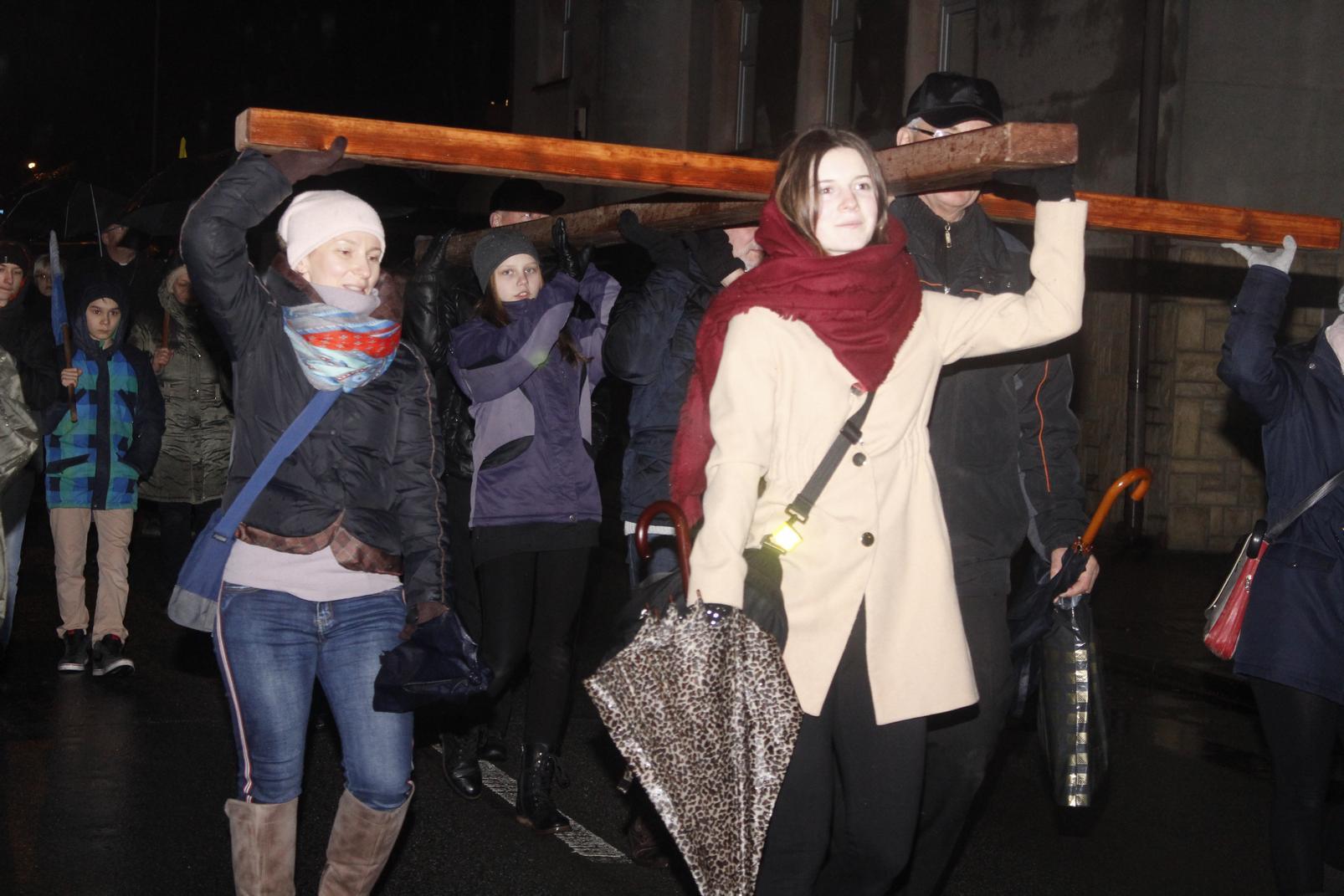 Droga Krzyżowa ulicami Krosna (60)