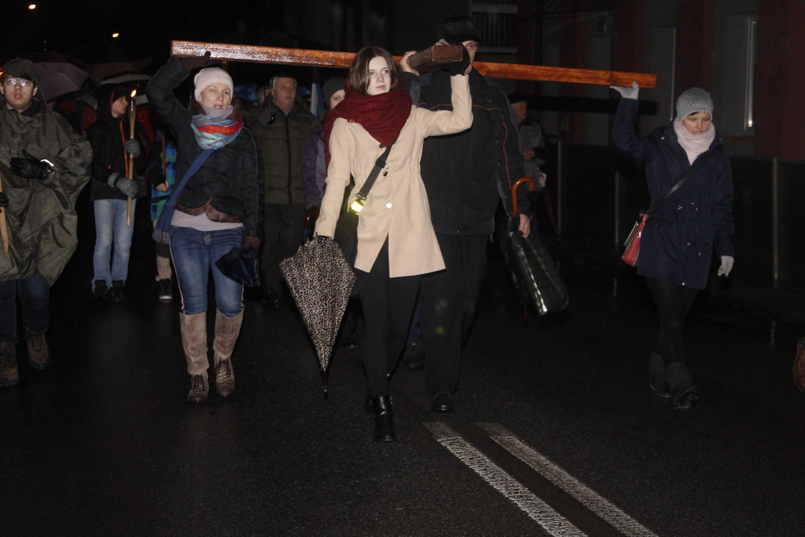 Droga Krzyżowa ulicami Krosna (61)