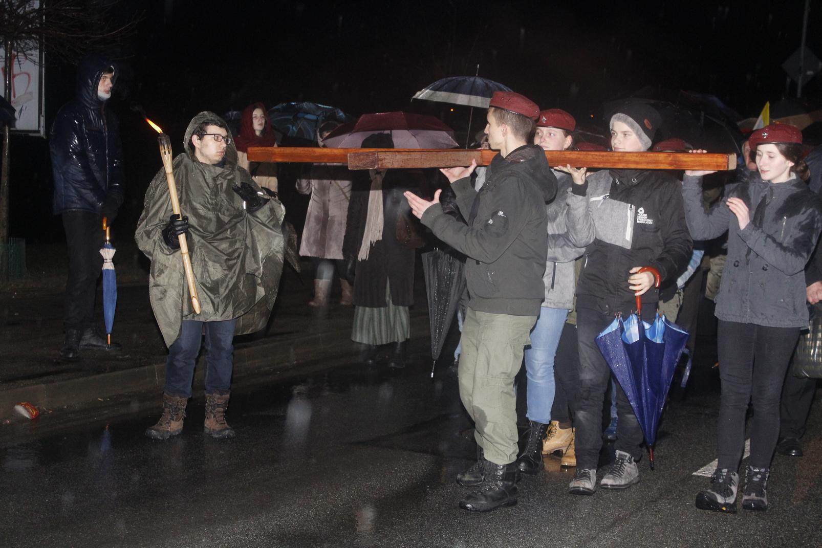 Droga Krzyżowa ulicami Krosna (65)