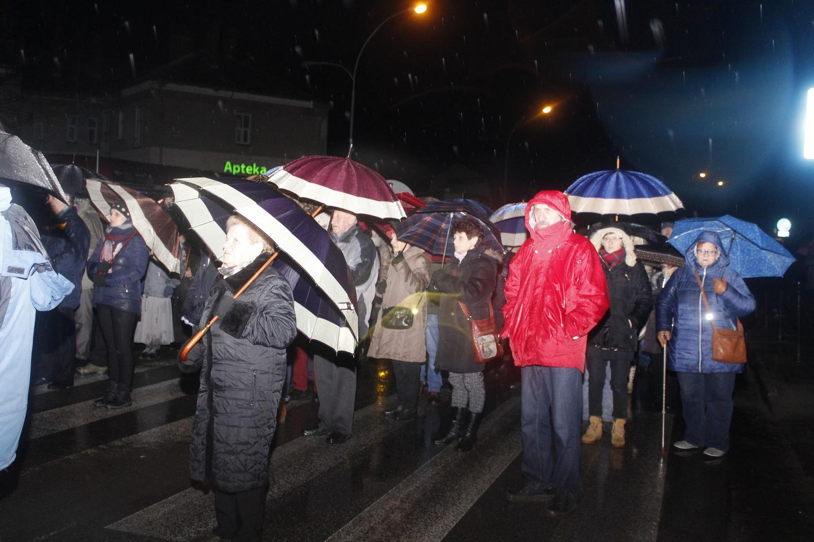 Droga Krzyżowa ulicami Krosna (75)