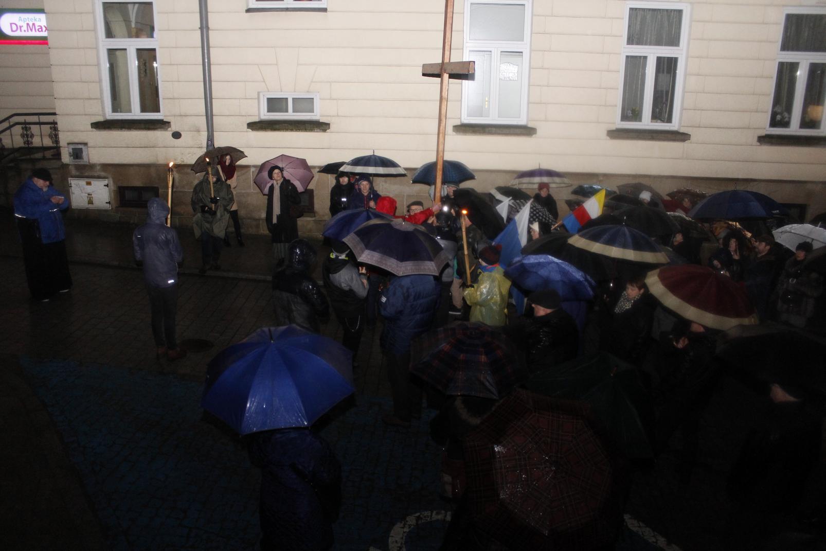 Droga Krzyżowa ulicami Krosna (82)