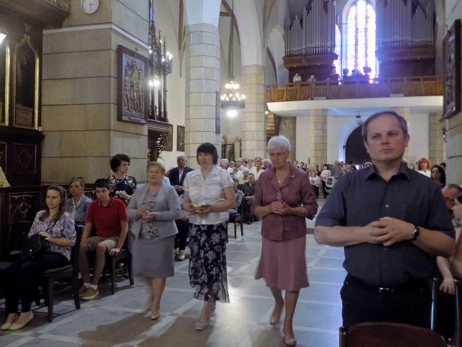 Miesięczna Msza Święta Wspólnoty Żywego Różańca  (4)