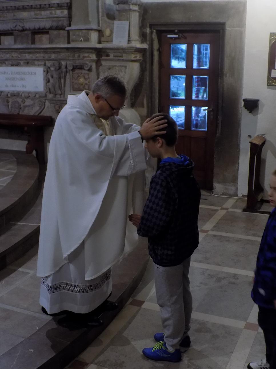Misje Parafialne (09) dzień drugi Błogosławieństwo dzieci