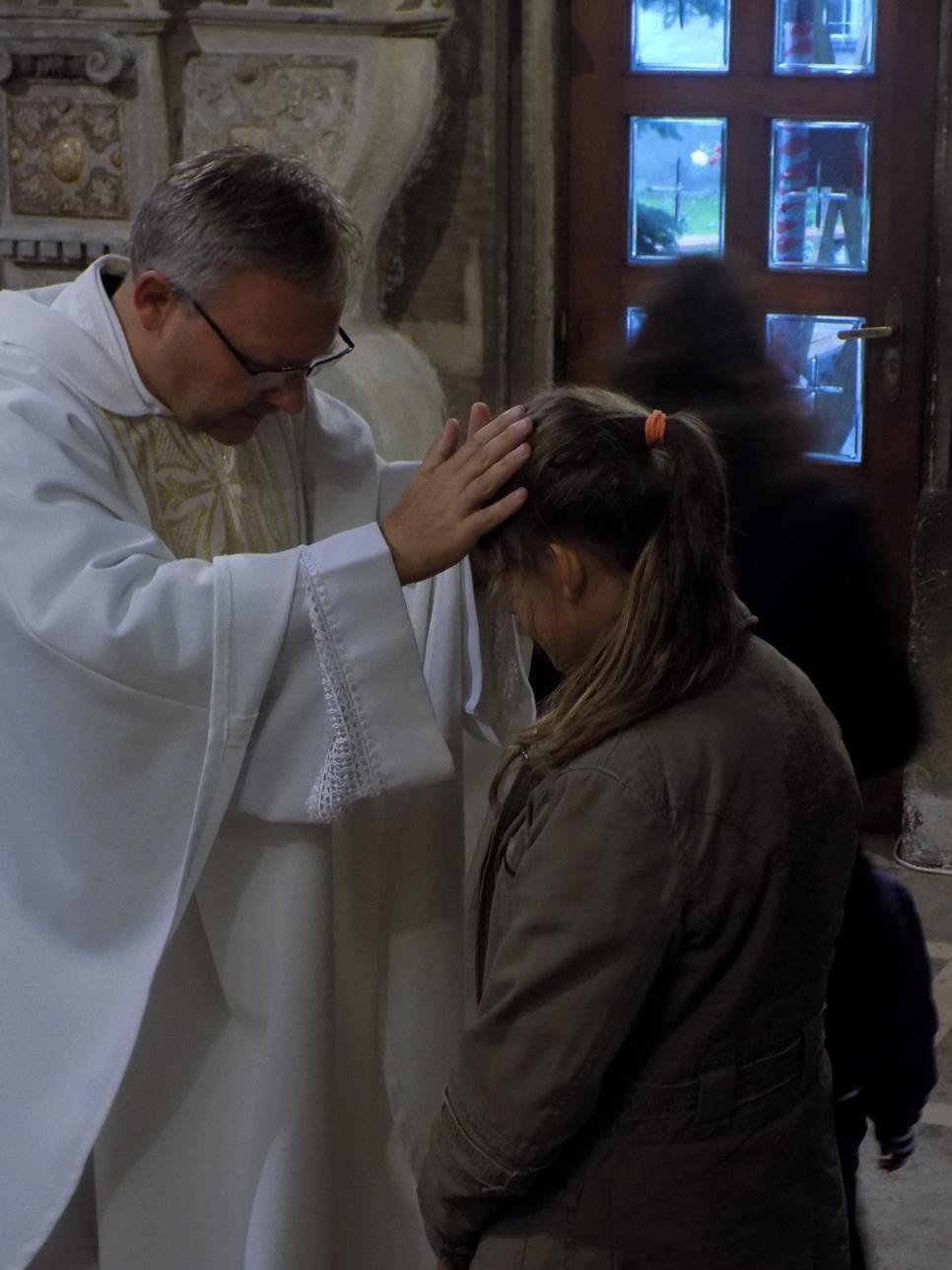 Misje Parafialne (13) dzień drugi Błogosławieństwo dzieci
