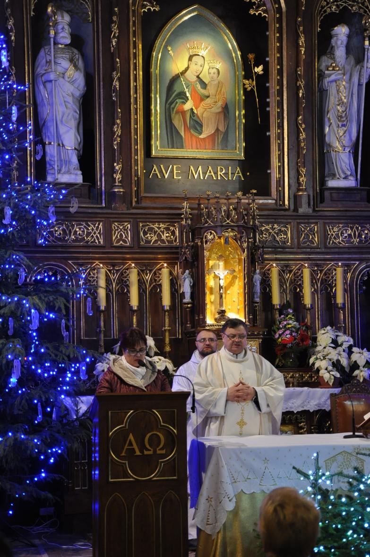 Eucharystia o 12_30 i krótki koncert kolęd chóru Echo (15)