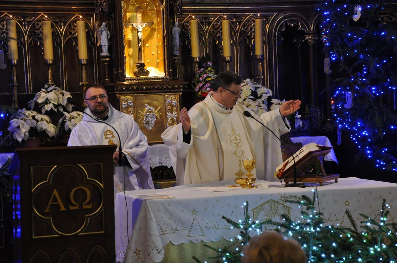 Eucharystia o 12_30 i krótki koncert kolęd chóru Echo (18)