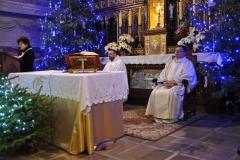Eucharystia o 12_30 i krótki koncert kolęd chóru Echo (07)