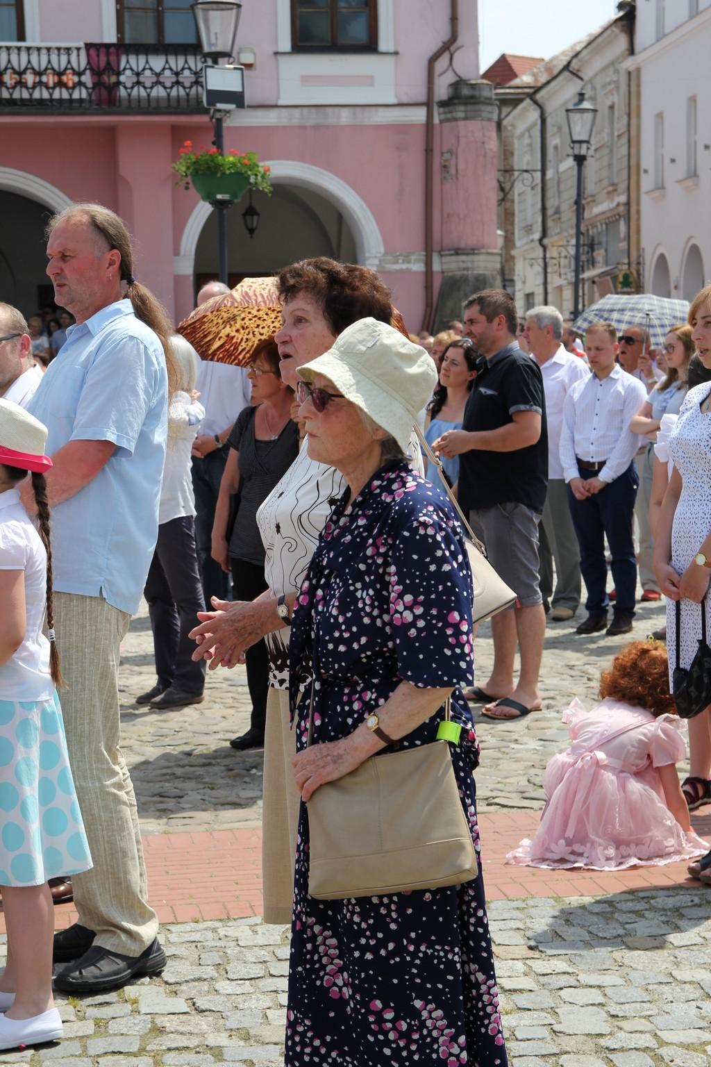 Procesja Bożego Ciała ulicami Krosna (52)
