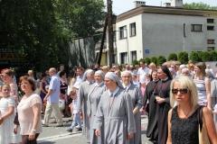 Procesja Bożego Ciała ulicami Krosna (21)