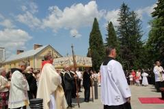Procesja Bożego Ciała ulicami Krosna (31)