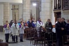 Procesja z modlitwą za zmarłych (6)