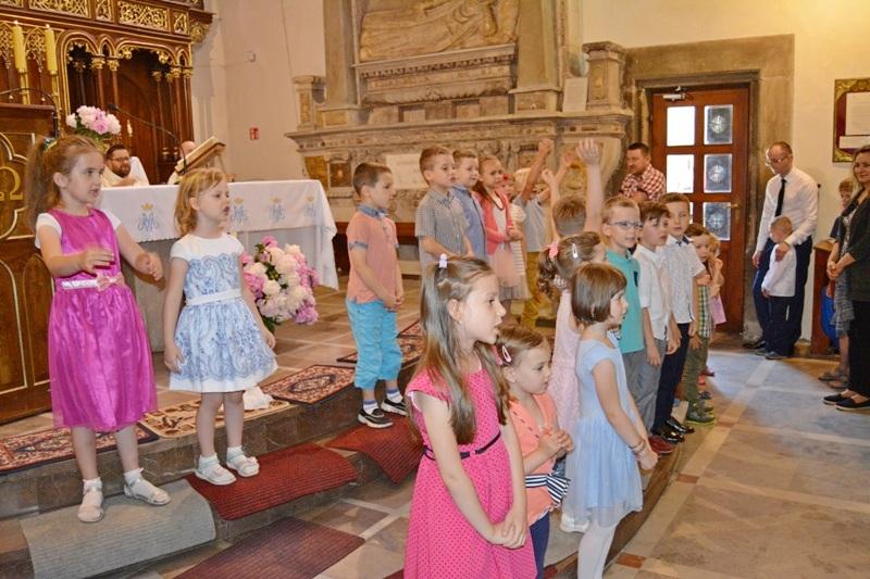 Przedszkole sióstr Józefitek na Mszy Świętej o 11 (20)