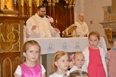 Przedszkole sióstr Józefitek na Mszy Świętej o 11 (02)