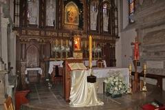 10 Ołtarz Główny w Wielkanoc (2)