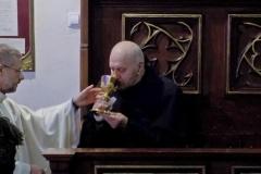 Błogosławieństwo i kosztowanie wina świętego Jana (2)