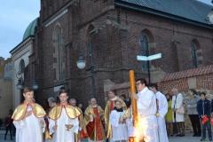Wielka-Sobota-Liturgia-04