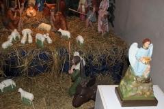 Bożonarodzeniowy wystrój kościoła (05)